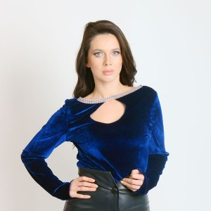 Velvet-Shirt-with-jewelry